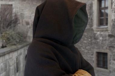 Die Gugel – eine typische mittelalterliche Gewandung
