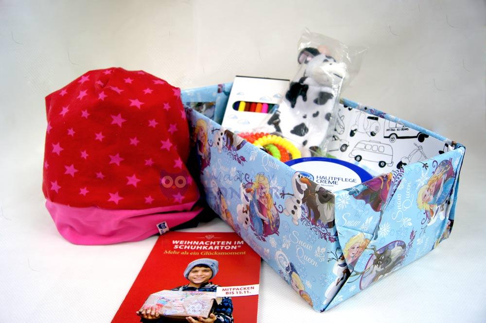 """Unser Paket für die Aktion """"Weihnachten im Schuhkarton"""""""