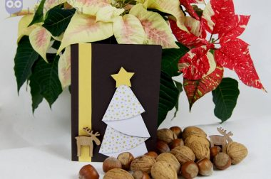 Video-Anleitung: Tannenbaum aus Papier falten